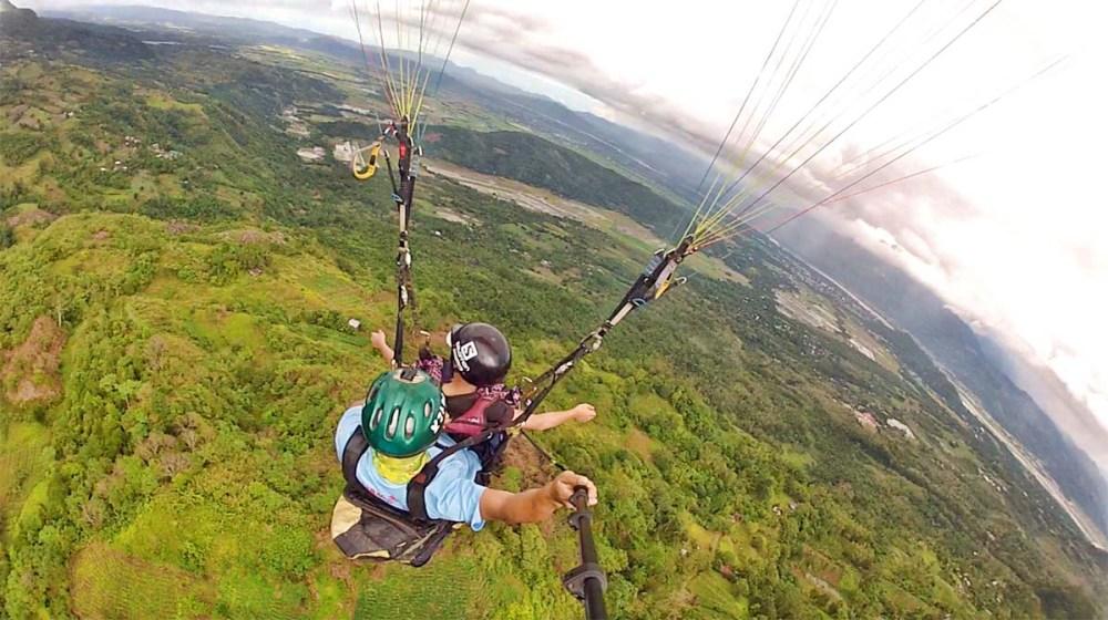 nuviz-paragliding3